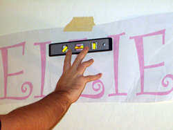 How to apply vinyl lettering - photo 1